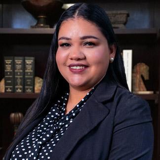 Claudia Escobar